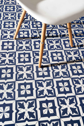 PRIVATE RESIDENCE KITCHEN FLOOR TILES