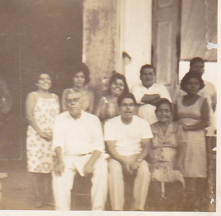 Family from Manglaralto