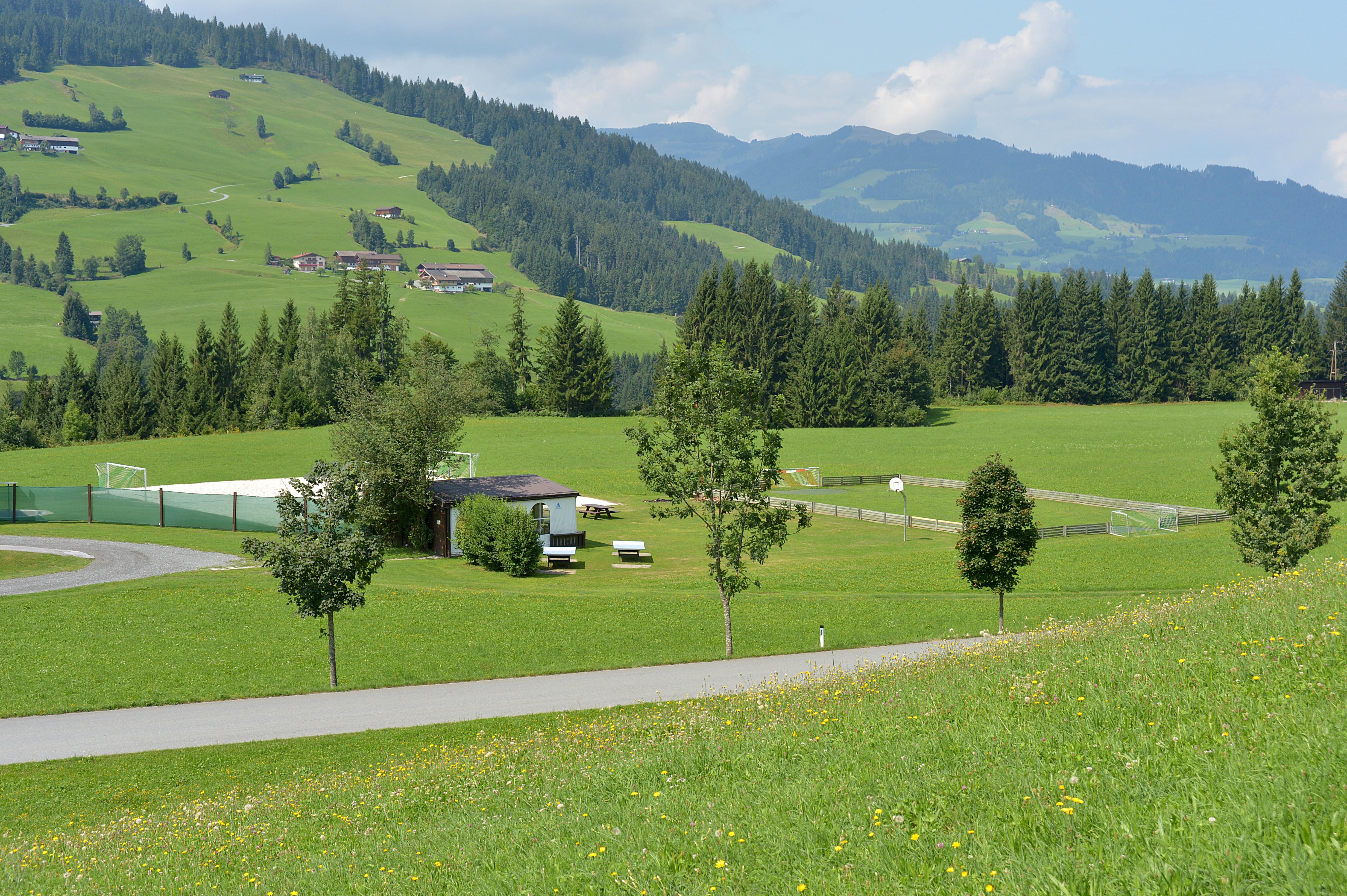 Funpark-Westendorf-Burgweghof-Schipflinger-Rupert-Vorderwindau-20-Westendorf-Haus-Sommer-Gelaende1