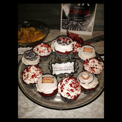 scandal cupcakes.jpg