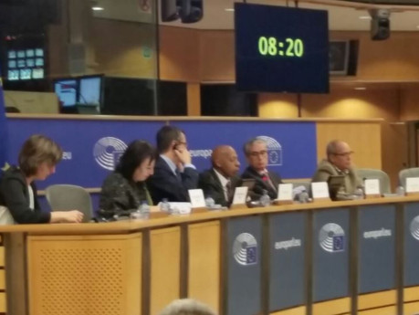 Disidentes cubanos piden a Eurocámara diga NO al acuerdo UE-Cuba