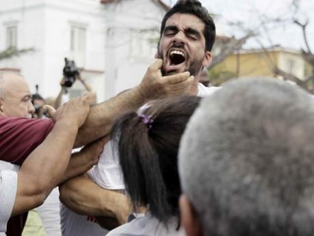Disidentes relatan la crudeza represiva mientras se preparan para una nueva jornada de arrestos