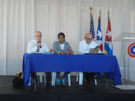 Fotos de la Conferencia sobre los derechos Migratorios de los cubanos