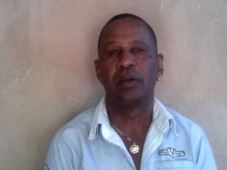 Expreso político en huelga de hambre para exigir que la policía le devuelva sus bienes