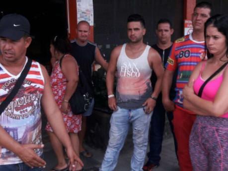 Cubanos en Panamá, escépticos y decepcionados con propuesta del gobierno