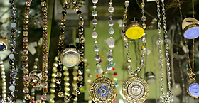 Puttin' On The Glitz, Portsmouth, NH Women's Jewelry, Hats and Accessories