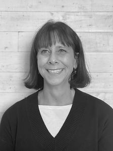 Annika Perdomo Senior Designer