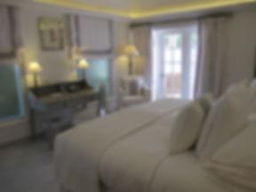 Hotel Cheval Blanc Isle de France hotel room luxury bed desk