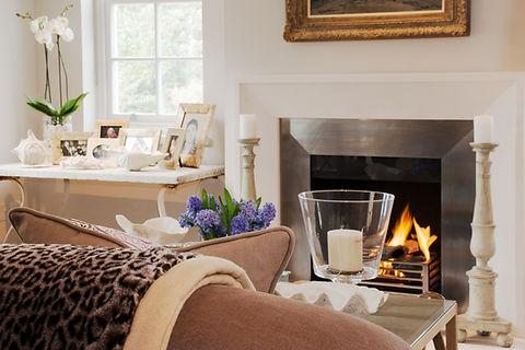 London Townhouse lounge fireplace