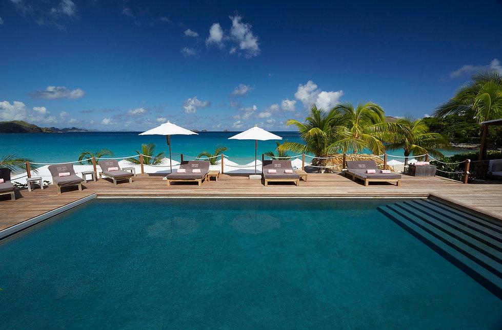 Hotel Cheval Blanc Isle de France Pool and Ocean views