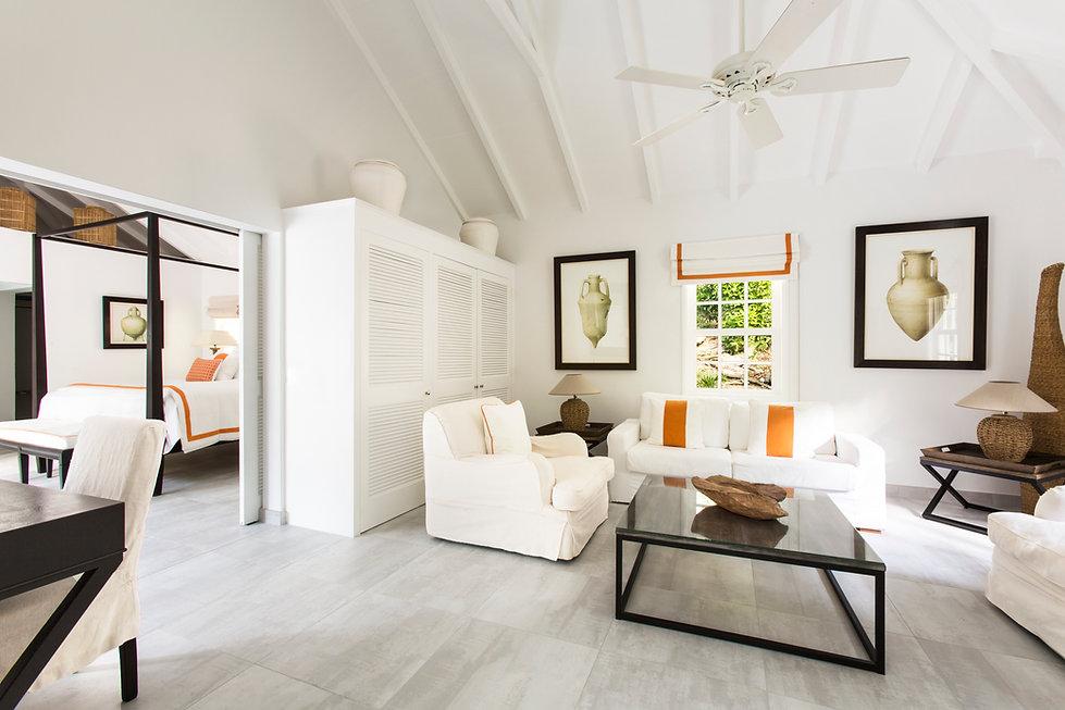 Hotel Cheval Blanc Isle de France hotel room suite living room bedroom lounge
