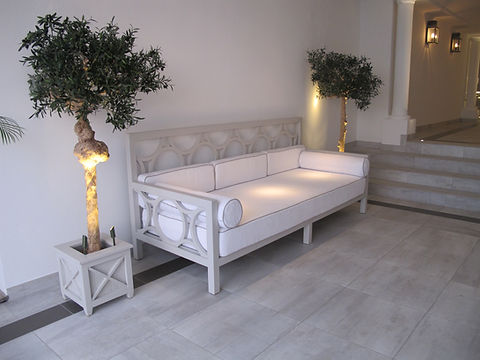 Hotel Cheval Blanc Isle de France bespoke bench