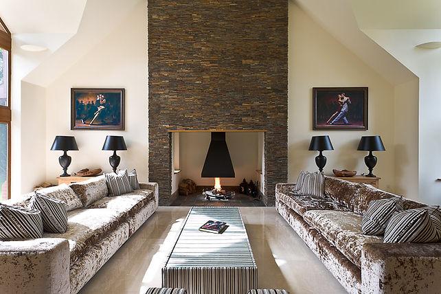 Zanna lounge.jpg
