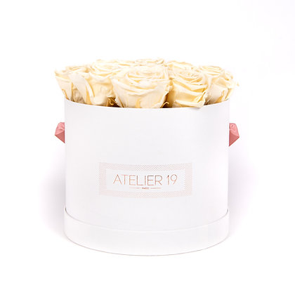15 Roses Eternelles Champagne -  Box Ronde Blanche XL