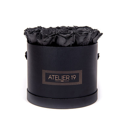 15 Eternal Roses - Deep Black - XL Black Round Box