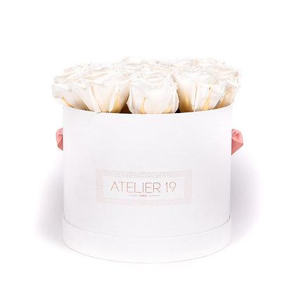 15 Roses Eternelles Blanc Pur -  Box Ronde Blanche XL