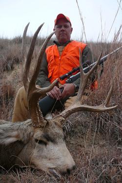 2010-11-20 Steve's 2010 rifle mule deer 003.JPG