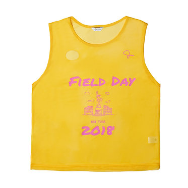 Mesh Pinnie in Sport Yellow