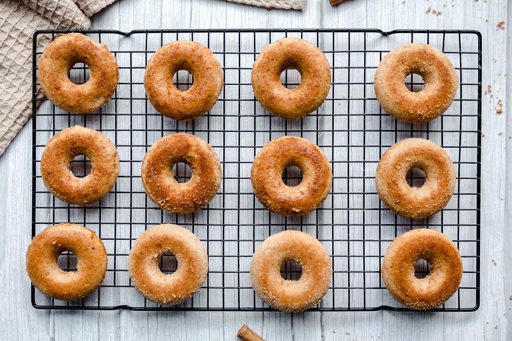 Vegan Baked Cinnamon Doughnuts