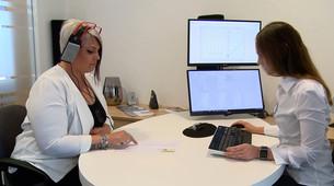 Skalierkopfhörer zur überprüfung der Lautstärkeempfindung mit Hörsystem