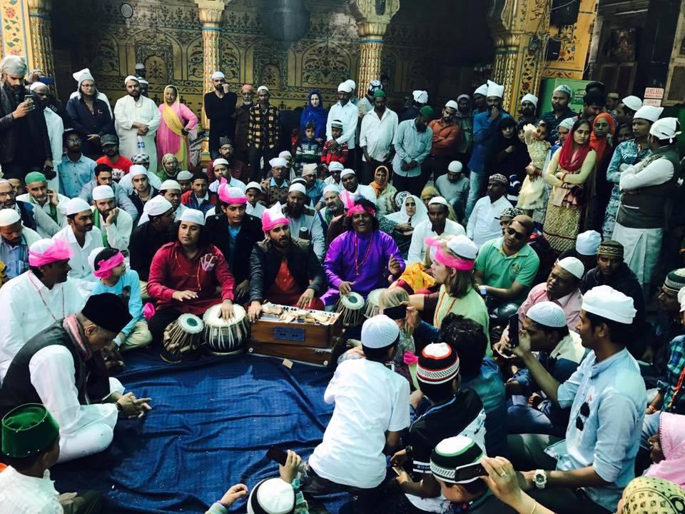 Dhoad played for Sufi Garib Nawaz   Shrine in Ajmer - India