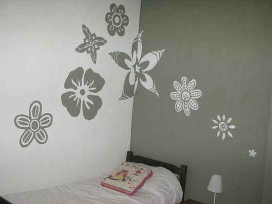 Wandgemälde stilisierte Blumen