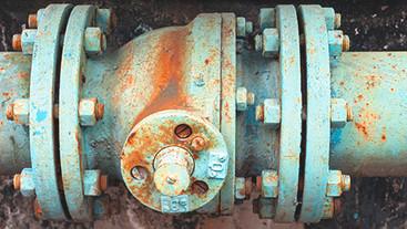 Rusty-pipe-valve.jpg