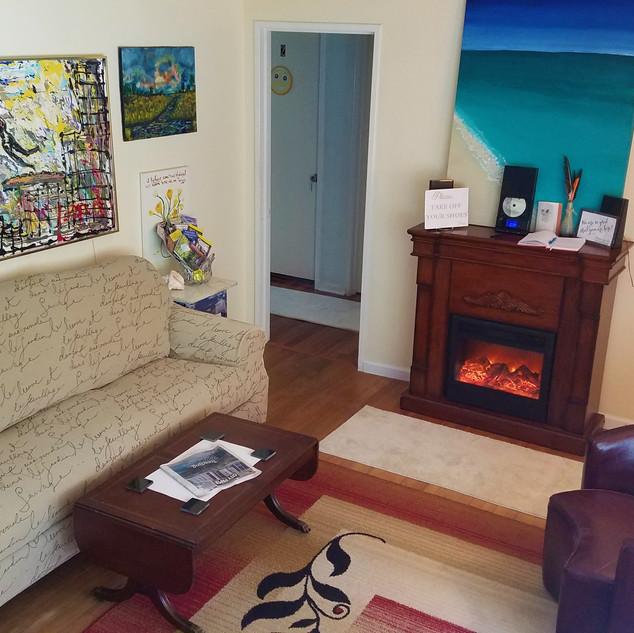 new livingroom.jpg