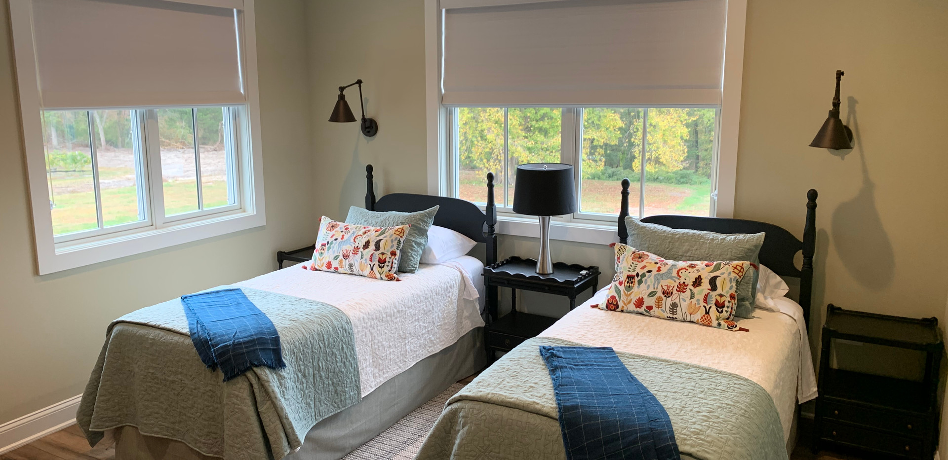 Albarino Room with Twin Beds