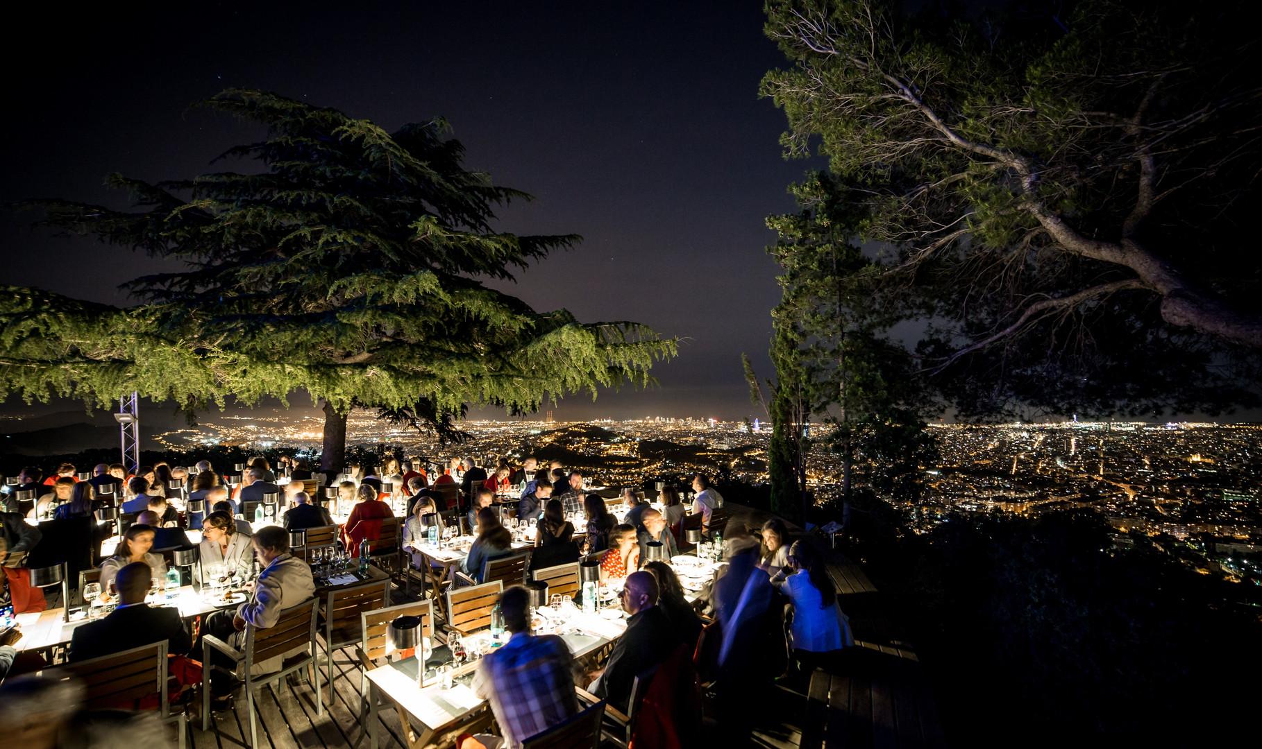 dinner under stars