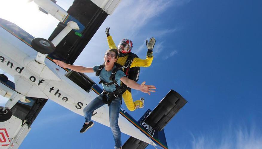 skydiving3.jpg
