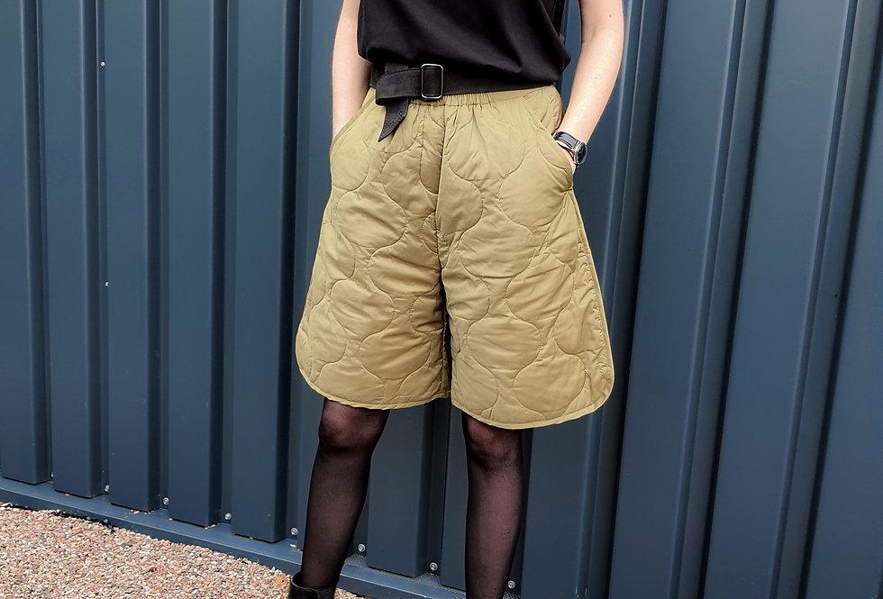 Shorts // HOLLI