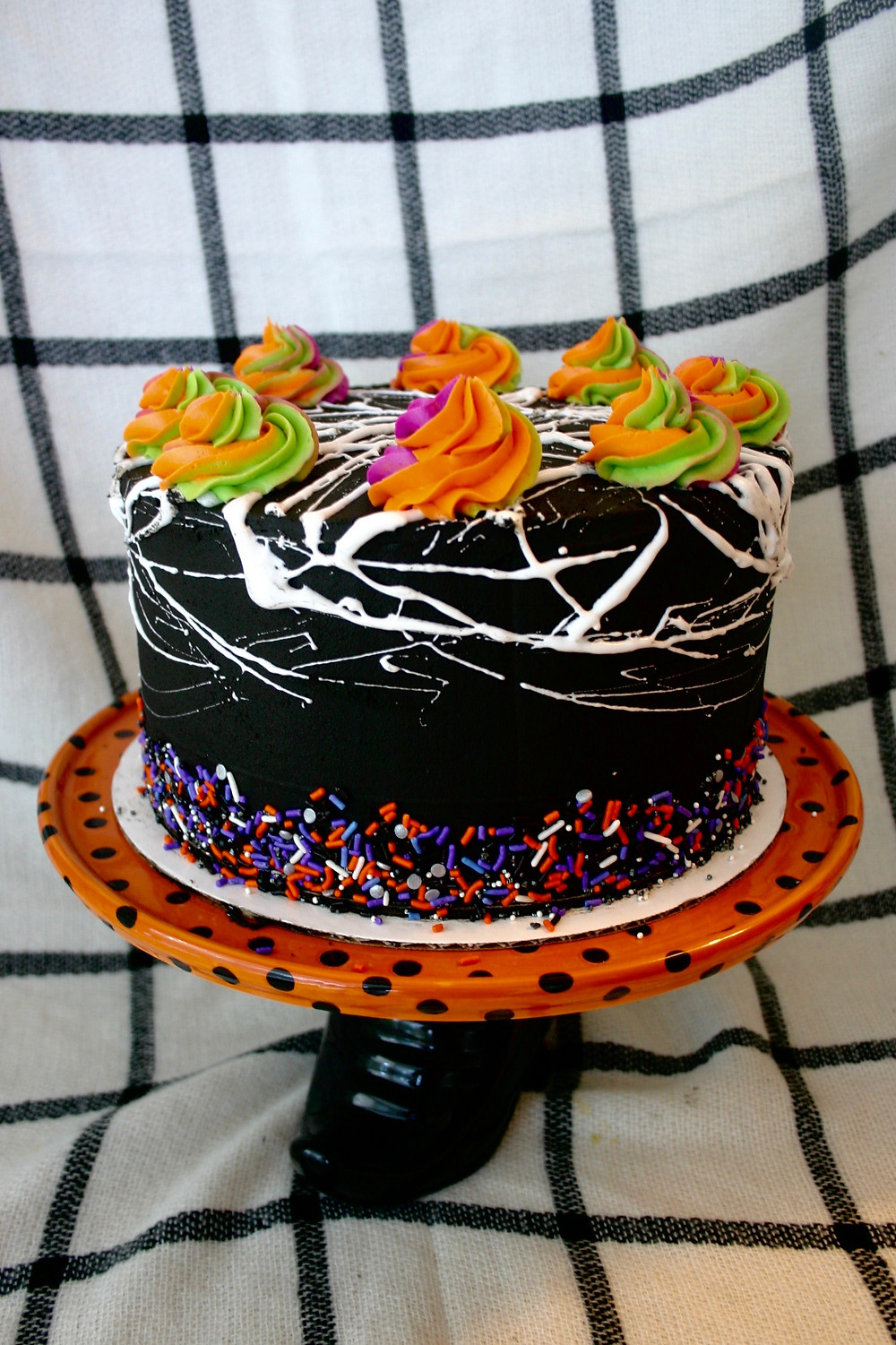 halloween, sugar bread, black frosting