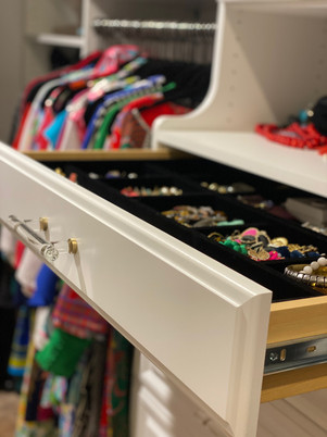 Hutch with Jewelry Drawer