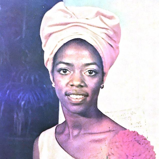 1973 Miss Sophomore Attendant- Bonnie Le