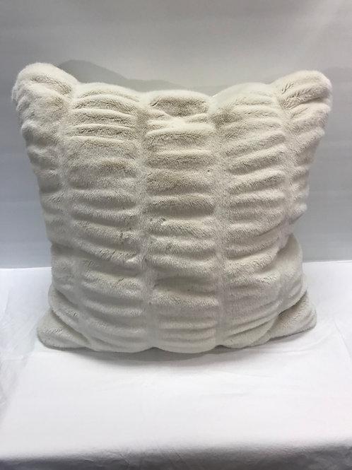Fabulous Fur Ivory Mink