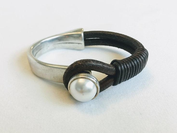 pearl half-cuff