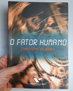 O FATOR HUMANO