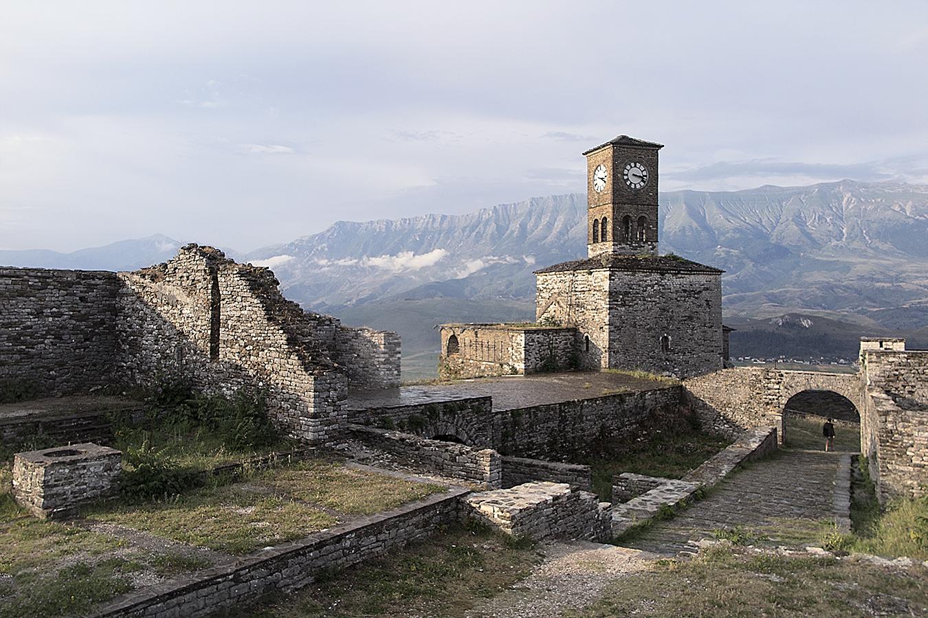 Gjirokaster, castle