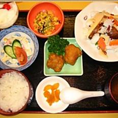 イカと野菜の辛味炒め定食