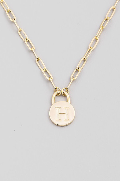 chain link initial necklace   H
