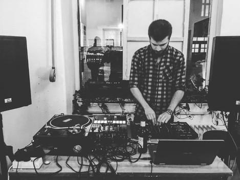 Chris Rane live at Atelier cocon coloré