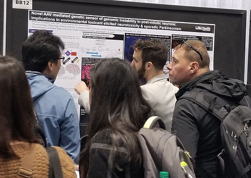 Madison's presentation draw a crowd at Society for Neuroscience meeting at Chicago