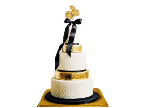 Wedding Cake Golden Years