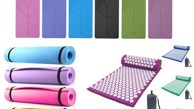 Acupressure Massager Mat. Relieve Stress Pain. Yoga Mat With Pillow
