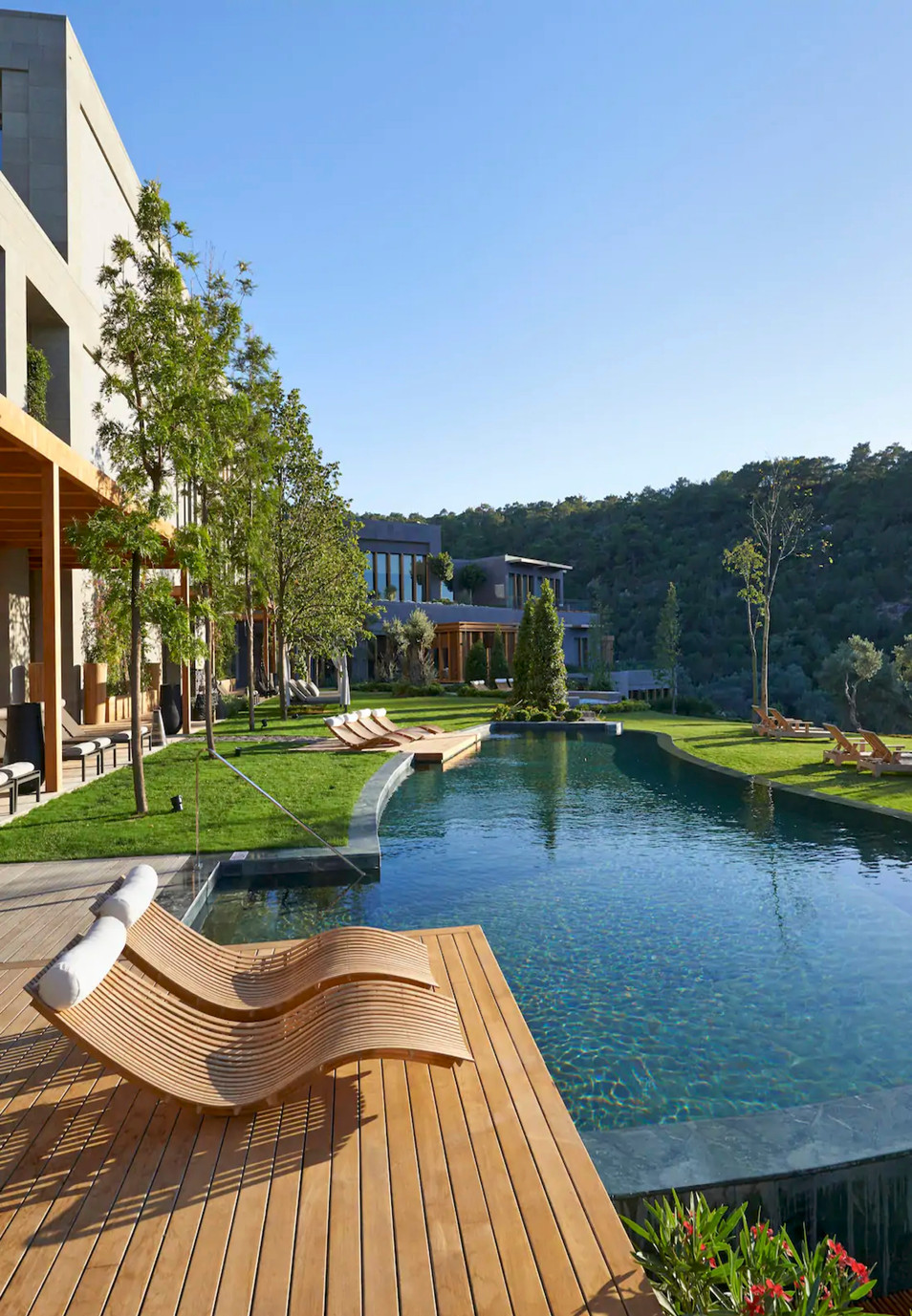 Resort, hotel & residences branded projects