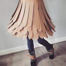 Cardboard Dress 04- ©AlinesCardboard – 2018