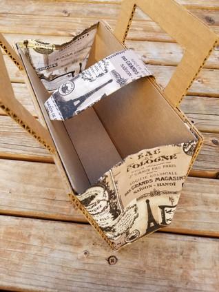 Cardboard Purse 03- ©AlinesCardboard – 2018