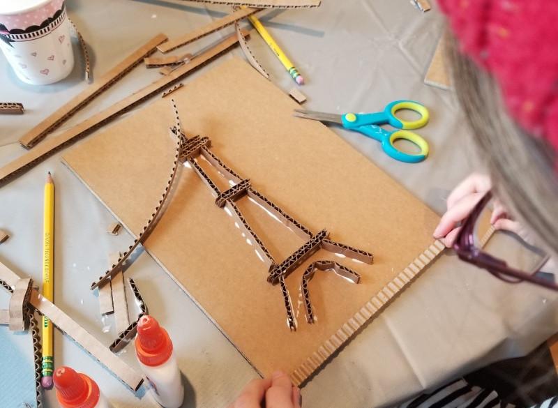 Kids_workshop_10_-_©AlinesCardboard_–_20