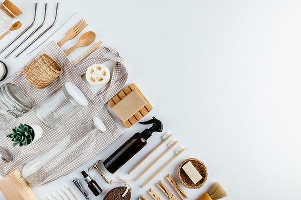 Eco friendly kitchen, bathroom and grocery utencils, including loofah, straws, bag, razor